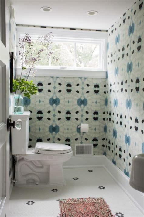 Wallpaper Ideas For Bathroom by Wallpapers For Bathroom