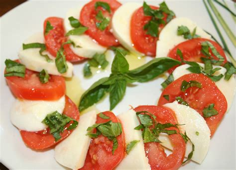 salade caprese tomates mozzarella amafacon