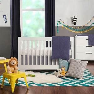 decoration chambre de bebe ecologique et minimaliste With chambre bébé design avec plantes fleuries hiver
