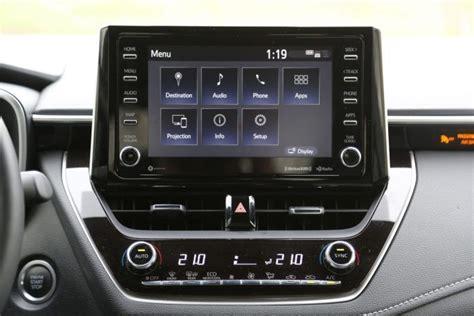 Corolla 2020 Vs Mazda 3 by 2019 Mazda3 Vs Toyota Corolla Hatchback Comparison