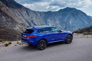 Jaguar F Pace Prix Ttc : 2017 jaguar f pace first drive review the practical sports car motor trend ~ Medecine-chirurgie-esthetiques.com Avis de Voitures