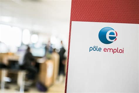 avec vos cv d 233 pos 233 s sur le site de p 244 le emploi des arnaques 224 r 233 p 233 tition
