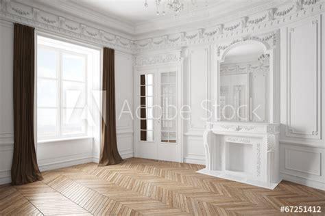 Leerer Raum Mit Stuck In Einer Alten Villa  Acheter Cette