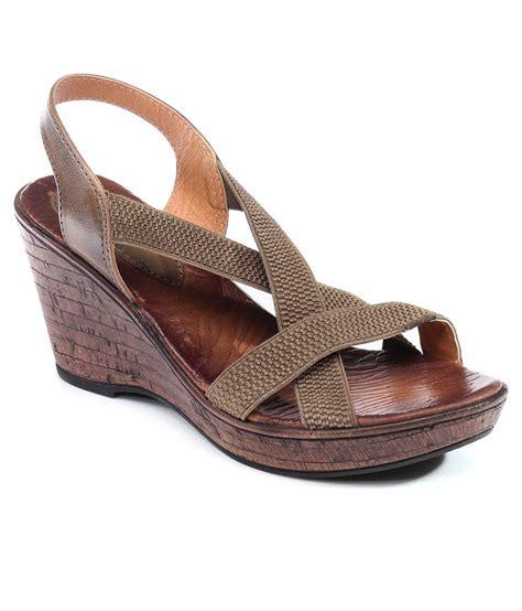 Sandal Whitley 2 Khaki catwalk khaki wedges sandals price in india buy catwalk