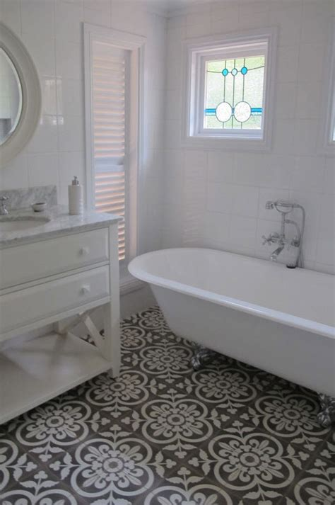 Mosaic Bathroom Floor Tile Ideas by 37 Black And White Mosaic Bathroom Floor Tile Ideas And