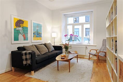 unexpected benefits  living   small apartment