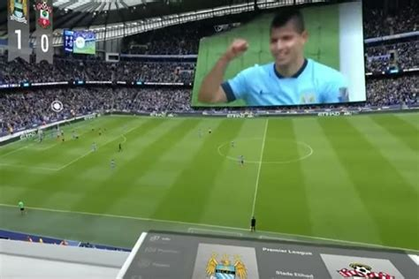 Video Watch Football With A Virtual Reality Headset