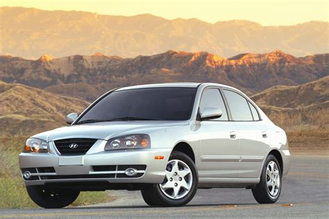 Hyundai Elantra 2005 Review by Ford Mustang 1000 Challenge 2010 Hd Pictures
