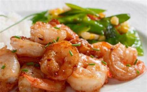 cuisine crevette recette crevettes sautées à l 39 ail économique et rapide gt cuisine étudiant