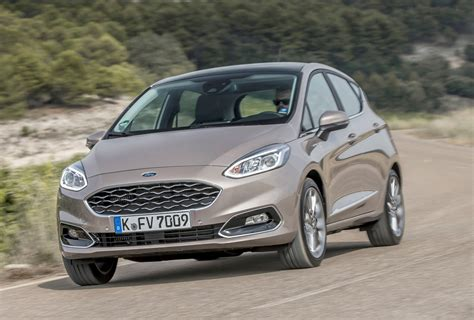 Ford Car : Ford Fiesta Vignale (2017) Review