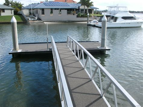Boat Suppliers Gold Coast by Gold Coast Boat Upholstery Runaway Bay Marine Covers