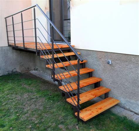escalier ext 233 rieur en m 233 tal et bois pour acc 232 s jardin metal concept escalier ferronnerie d