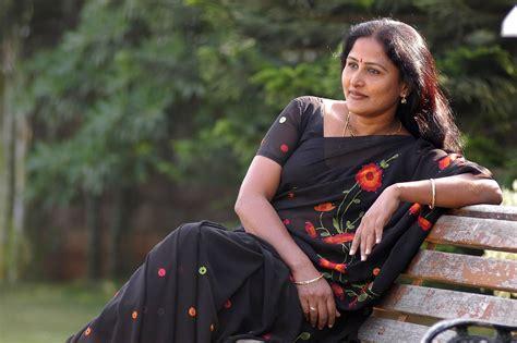 Andhamina Bhamalu South Indian Aunty