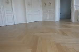 Pose Parquet Baton Rompu : les motifs de parquet bois blog conseils astuces ~ Zukunftsfamilie.com Idées de Décoration