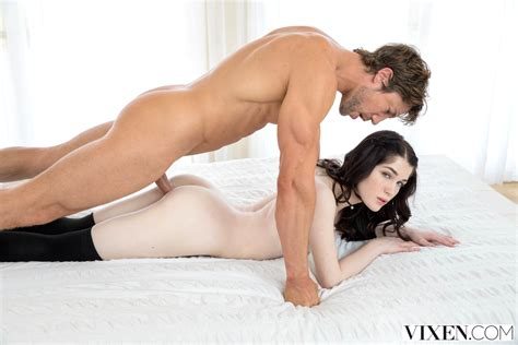 Babe Today Vixen Evelyn Claire Notable Hardcore Drtuber Porn Pics