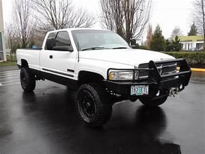 2002 Dodge Ram 2500 Slt    4x4    5 9l Diesel    5