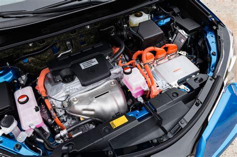 toyota rav hybrid reviews  rating motor trend
