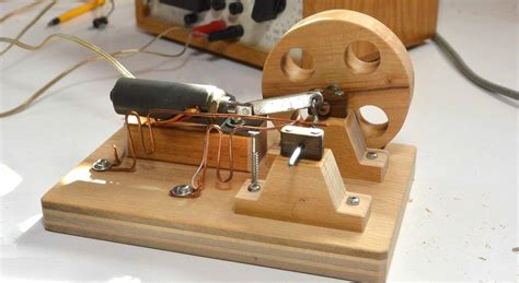 Build An Electric Motor by How To Make The Electric Motor Based On Electromagnetic