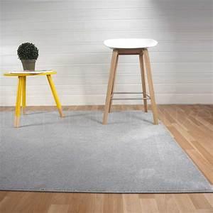 tapis sur mesure gris rectangulaire ou carre fin par With tapis d entrée avec fabricant de canapé sur mesure