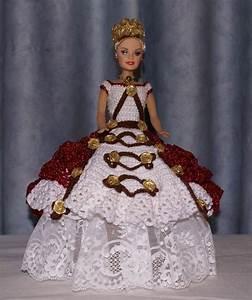 robe de princesse barbie blanche et rouge paillete au With robe crochet blanche