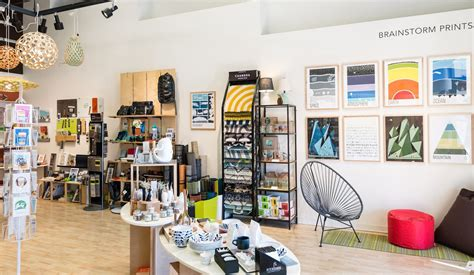 trik mengonsep desain toko kecil  ramai pembeli