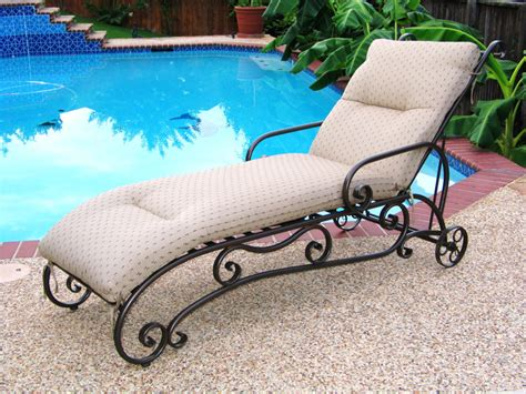 chaise fer forgé pas cher awesome transat jardin en fer forge photos lalawgroup us