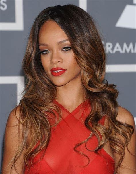 Rihanna Baignoire by Rihanna Fragile Et 224 Fleur De Peau Dans Nouveau Clip