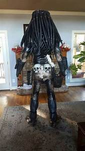 Email Newsletter Cosplayer Creates Predator Costume That Looks Just Like