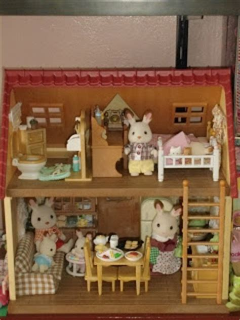 Journey with The Crafty Ladybug : Dolls: My Sylvanian Families