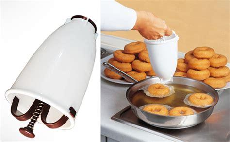 DealDey  Doughnut Maker Dispenser