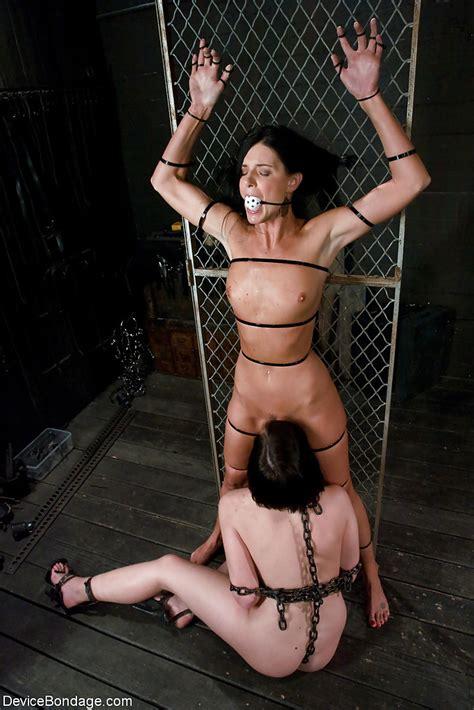 Francesca Le Lesbian Bondage