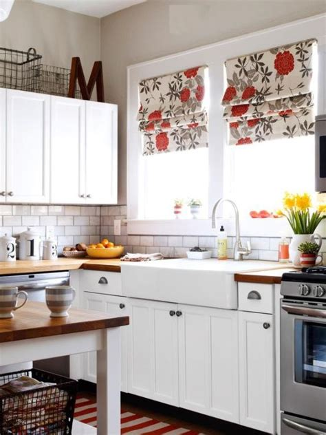 beautiful white kitchen windows