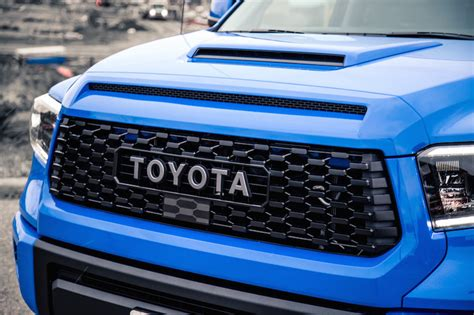 review  toyota tundra trd pro crewmax sr car