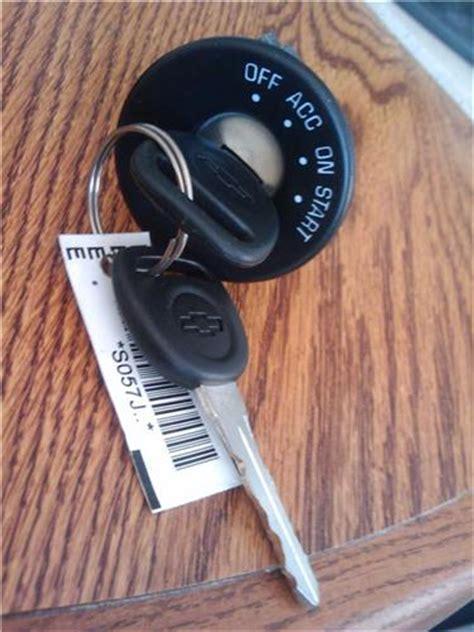 chevy malibu ignition lock switch  oem  keys