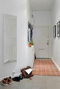 amenagement entree maison fonctionnel et esthetique With deco petite entree maison