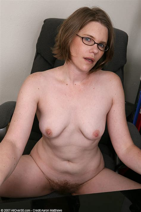 38 year old business lady with a very hairy pussy spreads pichunter