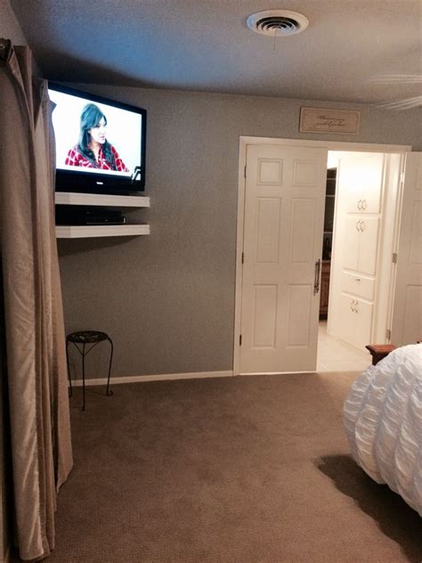chic  modern tv wall mount ideas  living room