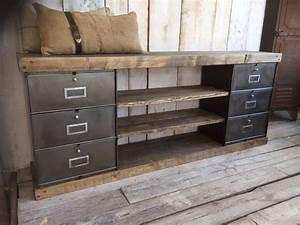 Meuble Tv Casier Industriel : meubles de rangement industriel m tal bois clapets pinterest meuble de rangement ~ Nature-et-papiers.com Idées de Décoration