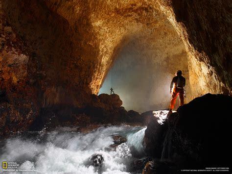 Ora Cave Picture  Papua New Guinea Photo National