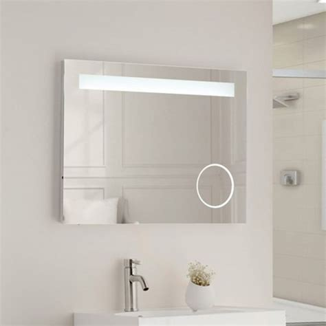 Illuminated Bathroom Mirrors With Socket by The 25 Best Mirrors With Shaver Sockets Ideas On