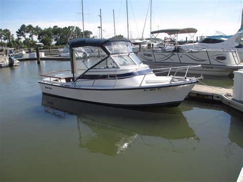 cuddy cabin boats shamrock 200 cuddy cabin 1985 for sale for 9 500 boats