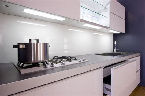 Kitchen Backsplash Glass by Solid Glass Kitchen Backsplash Production And Installation