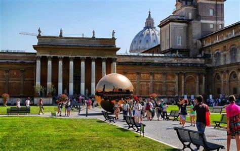 il y a un an au vatican kerviel et le pape françois les musees du vatican