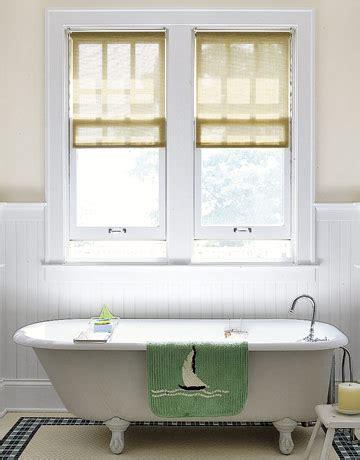 dekoration für badezimmer stilvolle fenster behandlungen f 252 r kleine badezimmer