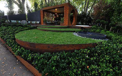 Ideen Für Beeteinfassung by Garten Gestalten Mit Kreativer Rasenkante Und