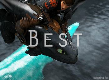 gifs   train  dragon httyd toothless hiccup