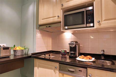 fraiser en cuisine résidence hôtelière fraser suites chs elysées offre spéciale famille