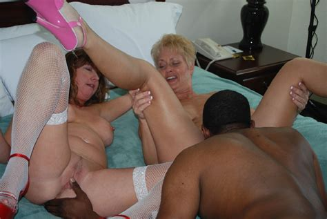 Tracy And Dee Fuck The Impaler Bbc Swinger Sex With 2
