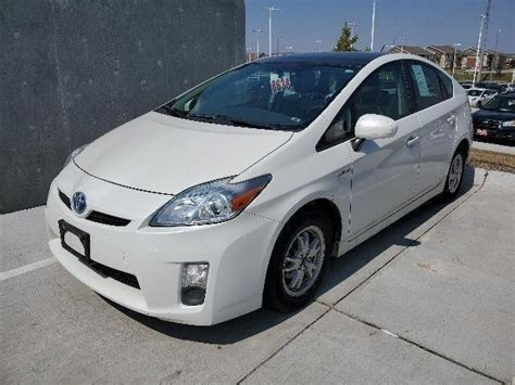 pre owned  toyota prius iii hatchback  lincoln ka baxter toyota lincoln