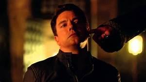Arrow 3x15 - Malcolm Merlyn Begs Ra's Al Ghul for Mercy ...